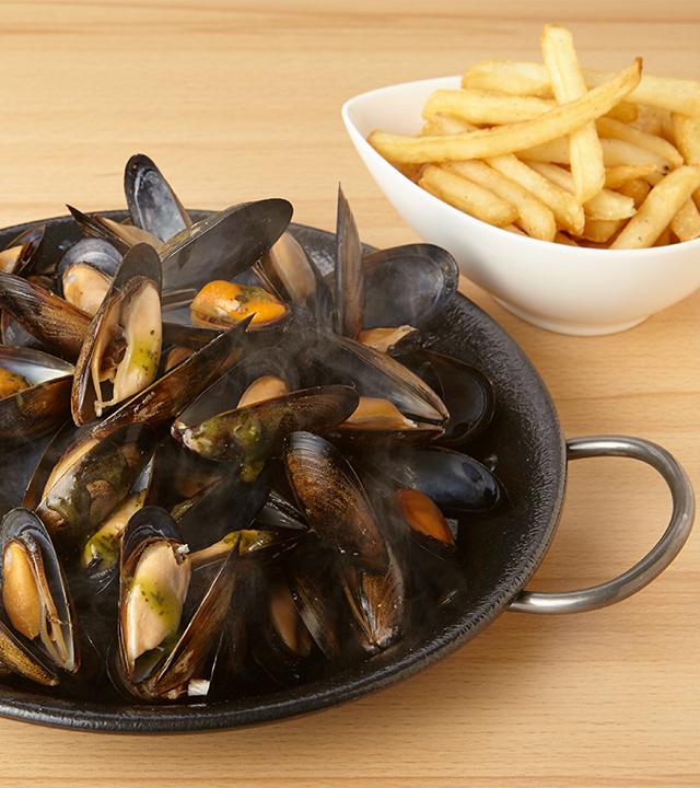 フライドポテト付き大粒ムール貝500g  ~選べる2種のソース~