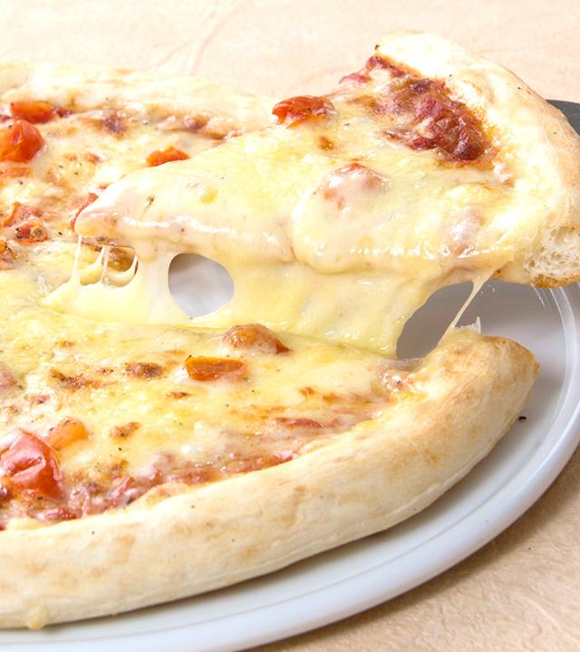 ピザ「マルゲリータ」