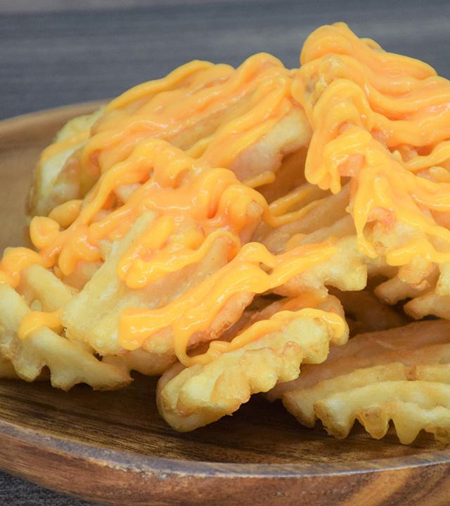 ポテトフリット たっぷりチーズソース